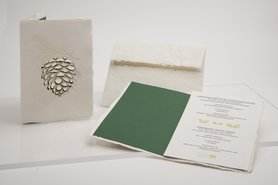 Handgeschept papier - dennenappel