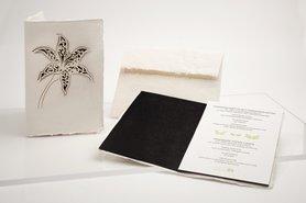 Handgeschept papier - lelie zwart